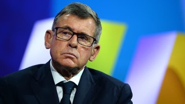 """L'ancien PDG de Carrefour Georges Plassat a renoncé à son indemnité de départ, sous la pression de Bercy qui avait jugé sa rémunération """"choquante"""""""
