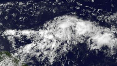 La tempête tropicale Danny photographiée le 19 août 2015 par un satellite géostationnaire de l'Agence américaine d'observation océanique et atmosphérique (NOAA) au-dessus de l'océan Atlantique