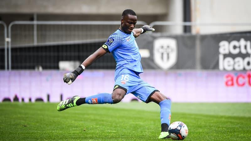 Dijon: le but casquette improbable d'Allagbé contre Angers