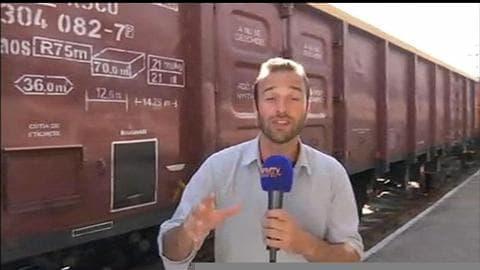 """Hongrie: la police s'apprête à intervenir sur le """"train de la honte"""""""