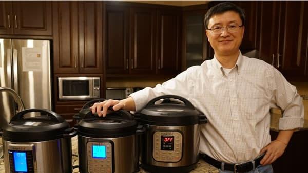 Robert Wang, l'inventeur de l'Instant Pot dans sa cuisine à Ottawa.