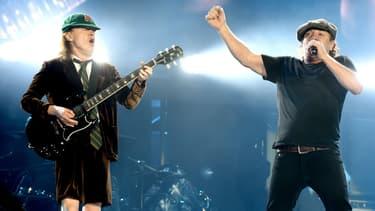 Brian Johnson et Angus Young en concert à Los Angeles en 2015