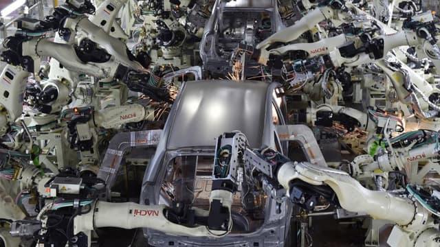 Malgré une croissance annuelle à deux chiffres des ventes de robots depuis 3 ans, la numérisation des usines semble connaître un coup de frein ces derniers mois.