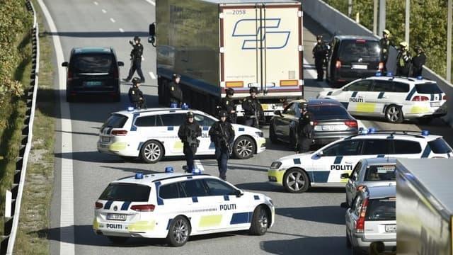 La police a bloqué l'accès au pont de l'Öresund qui relie le Danemark à la Suède.