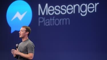 La messagerie Messenger revendique désormais plus de 900 millions d'utilisateurs actifs, soit une alléchante manne de clients potentiels pour les entreprises.