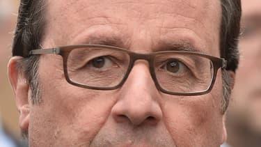 François Hollande et Jean-Yves Le Drian le 4 novembre 2016. (Photo d'illustration)