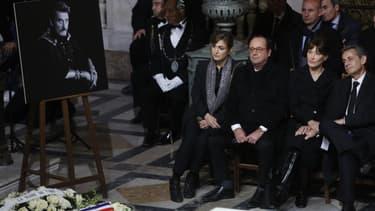 François Hollande et Julie Gayet, le 9 décembre 2017 à la cérémonie religieuse en l'honneur de Johnny Hallyday.