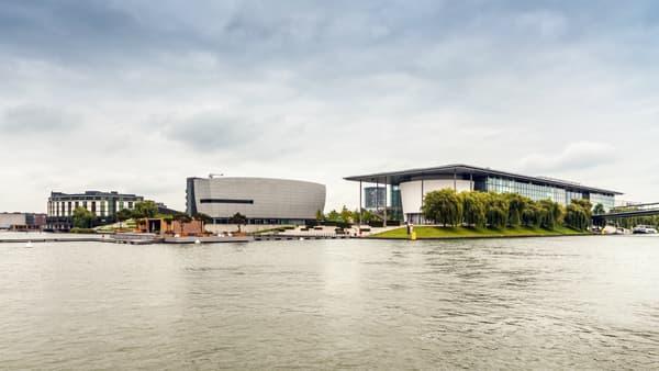 Une ville dans la ville: Volksvagen est implanté dans un immense domaine à Wolfsburg, qui vaut le coup d'être visité.
