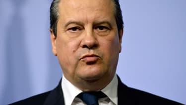 Jean-Christophe Cambadélis vient d'annoncer que le PS lancerait une campagne sur le droit de vote des étrangers dès la rentrée.