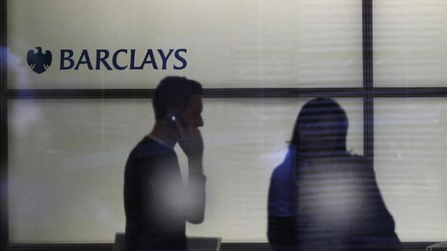 L'entrée de la banque Barclays dans le capital du groupe volailler Doux devrait être effective à partir de la mi-septembre. L'ancien leader européen de la volaille a été placé en redressement judiciaire le 1er juin à la suite d'un très fort endettement co