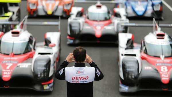 Les trois voitures engagées aux 24 Heures du Mans cette année par le constructeur japonais.