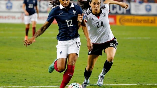 Elodie Thomis et Sara Doorsoun