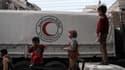 Convoi d'aide humanitaire de la Croix Rouge à Douma, en Syrie, le 12 novembre 2017