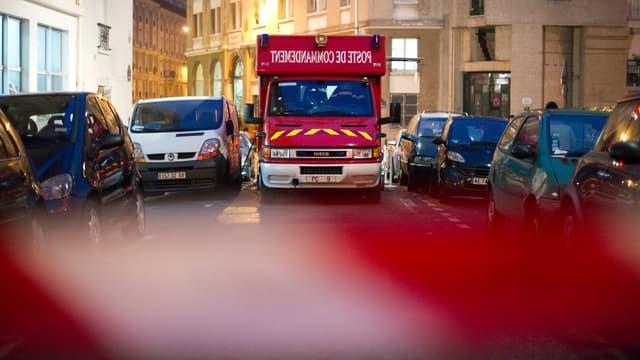 Les pompiers ont mis deux heures pour maîtriser l'incendie dans un immeuble à Neuilly. (Image d'illustration)
