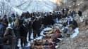 Corps des victimes d'une frappe aérienne à Ortasu, un village près de la ville de Sirnak, dans le sud-est de la Turquie. L'aviation turque a tué au moins 35 personnes dans une frappe aérienne près de la frontière irakienne, confondant probablement des con
