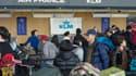 """Une pétition faite en octobre connait une nouvelle vie : des """"employés de la compagnie KLM"""" demandent aux syndicats français de """"trouver une solution constructive aux différends qui les séparent de la direction""""."""