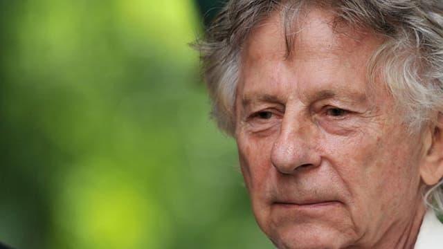 """Le cinéaste franco-polonais Roman Polanski en août 2016 à Chanceaux-près-Loches pour La forêt des livres, """"le Woodstock de la littérature""""."""