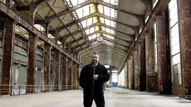 Le financement qui a permis à Luc Besson de transformer ces vastes locaux en complexe cinéma - école - studios intrigue le parquet de Paris.