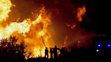 L'incendie s'est déclenché samedi à Valparaiso, et a ravagé les quartiers populaires de la ville.