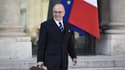 Bernard Cazeneuve à la sortie du Conseil des ministres le 9 avril.