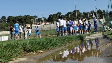 L'Association Olympique de Marseille avait à charge de construire le centre de formation de l'OM, grâce aux fonds que devait lui transmettre la société OM.
