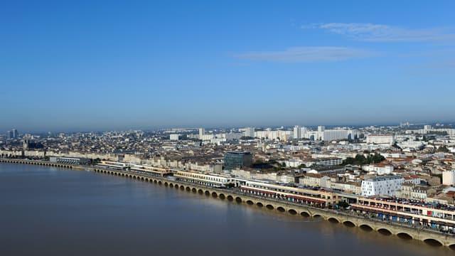 Bordeaux va demander une hausse de la surtaxe d'habitation.