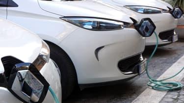 Maif propose un contrat spécifique aux communautés d'utilisateurs de véhicules 100 % électriques de type Renault Zoe ou Nissan Leaf.