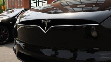En juillet 2018, Tesla avait dévoilé son intention de se doter d'une usine d'une capacité de production annuelle de plus de 500.000 voitures en Chine.