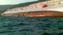 Deux touristes français figurent parmi les trois personnes décédées dans le naufrage d'un paquebot italien au large de la Toscane, selon l'agence de presse italienne Ansa. /Photo prise le 14 janvier 2012/REUTERS/Giglionews.it/Giorgio Fanciulli