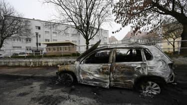 Voitures incendiées le soir de la Saint-Sylvestre à Strasbourg, le 1er janvier 2020.