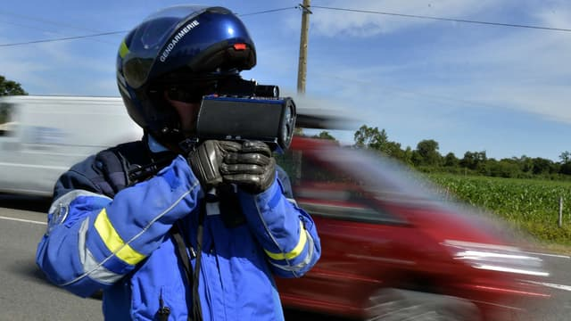 Un jeune Macônnais a été flashé à 213km/h ce samedi sur l'autoroute entre Grenoble et Lyon, dans une Mercedes Classe S.