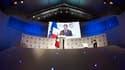 """Ouvrant à Paris les travaux d'un """"e-G8"""" rassemblant la quasi-totalité des groupes emblématiques de l'internet, Nicolas Sarkozy a lancé mardi un appel à un dialogue entre les Etats et les acteurs de l'internet pour définir un """"socle commun"""" de règles qui n"""