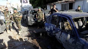 Deux roquettes tirées sur le fief du Hezbollah, dans la banlieue sud de Beyrouth, ont fait quatre blessés, le dimanche 26 mai 2013.