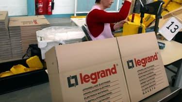 Le fournisseur d'équipements électriques Legrand, basé à Limoges, va acquérir 100% de Netatmo, spécialiste des produits connectés pour la maison.