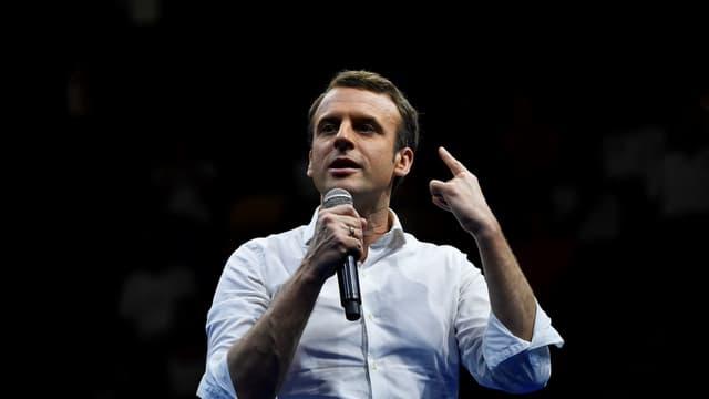 La HATVP rend son verdict sur la déclaration de patrimoine d'Emmanuel Macron.