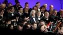 Le Choeur d'Air France interprète un extrait du requiem de Verdi lors de la cérémonie d'hommage organisée au Parc Floral de Vincennes, en hommage aux victimes du vol AF 447. Dans la nuit du 31 mai au 1er juin 2009, l'avion disparaissait dans l'Atlantique
