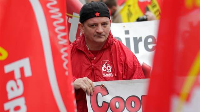 Dans le cortège strasbourgeois, mercredi. Des manifestations et arrêts de travail contre l'austérité se déroulent toute la journée en France à l'appel de cinq syndicats, en lien avec la mobilisation européenne voulue par la Confédération syndicale europée