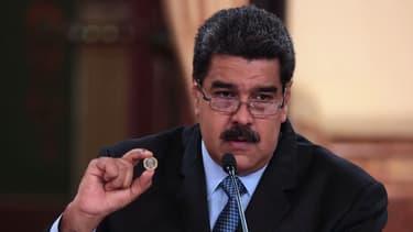 Le chef de l'Etat socialiste entend ainsi contourner le manque de liquidités et les sanctions financières de Etats-Unis.