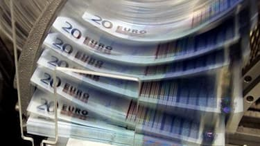 La Commission européenne a proposé mercredi d'instaurer un système de taxes bancaires dans l'ensemble des Etats membres de l'UE afin de préserver la stabilité financière européenne dans le futur. /Photo d'archives/REUTERS/Thierry Roge