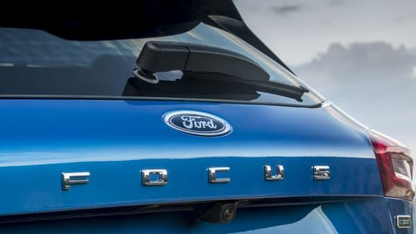 """L'inscription Focus prend de l'ampleur à l'arrière, comme par exemple sur les dernières Volkswagen. Une manière d'assumer pleinement un nom devenu """"bankable"""" depuis 1998."""