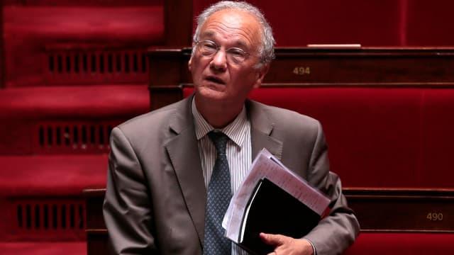 Gilles Carrez voit la France stagner autour d'un déficit proche de 4%
