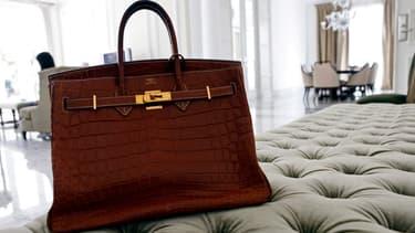 Chaque exemplaire du sac Birkin est produit à la main, du début à la fin par un même ouvrier des ateliers d'Hermès.