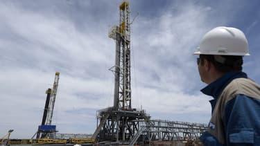 Le forage pétrolier fait partie des activités humaines qui génère du méthane.