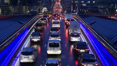 En cette période de longs trajets pour les fêtes, avec des journées très courtes, ne prenez pas la route si vous êtes fatigués.