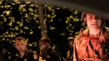 Policiers et militaires turcs le soir de la tentative de coup d'Etat, le 15 juillet 2016