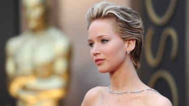 L'actrice Jennifer Lawrence arrive à la cérémonie des Oscars, le 2 mars 2014.