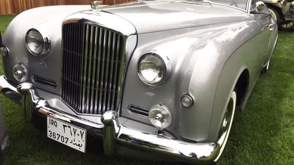 Avec sa restauration à neuf, la Bentley a retrouvé ses couleurs d'origine.