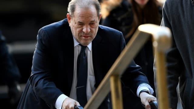 L'ex-producteur Harvey Weinstein arrive au tribunal de Manhattan, le 21 février 2020 à New York