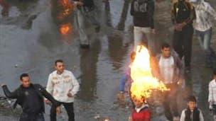 Manifestation à Suez, à l'est du Caire. Des manifestations réclamant le départ du président Hosni Moubarak se sont poursuivies jeudi pour une troisième journée consécutive en Egypte, où Mohamed ElBaradeï est arrivé pour participer vendredi à de nouveaux r