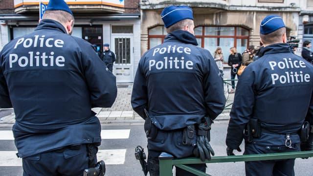 Policiers belges.